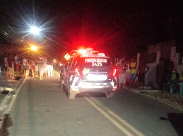 Motorista sofre espancamento após atropelar e matar homem na CE-494, no Belmonte, em Crato