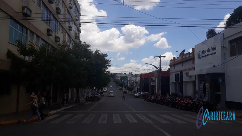 Avenida Duque de Caixias, Crato FOTO JOTA LOPES_AGÊNCIA CARIRICEARA (1) (Copy)