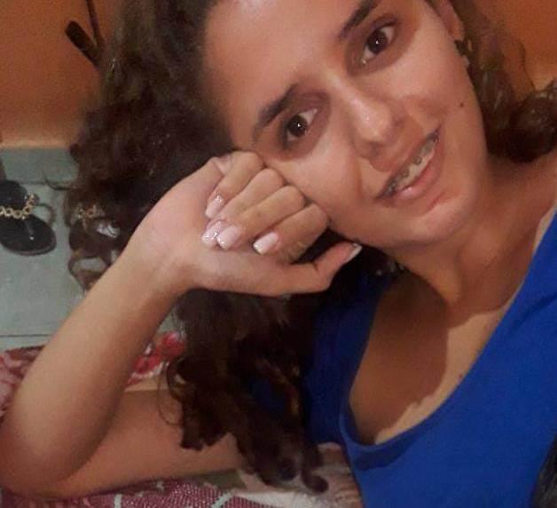 Laryssa Fernandes Feitosa da Silva, de 18 anos trafegava como garupeira de uma motocicleta quando perdeu o equilíbrio de caiu do veiculo morrendo no local.. FOTO REDES SOCIAIS