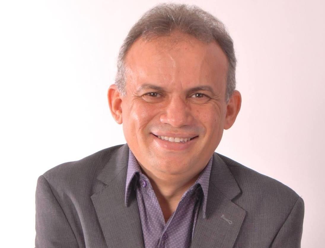 Marcone Tavares é eleito prefeito de Aurora