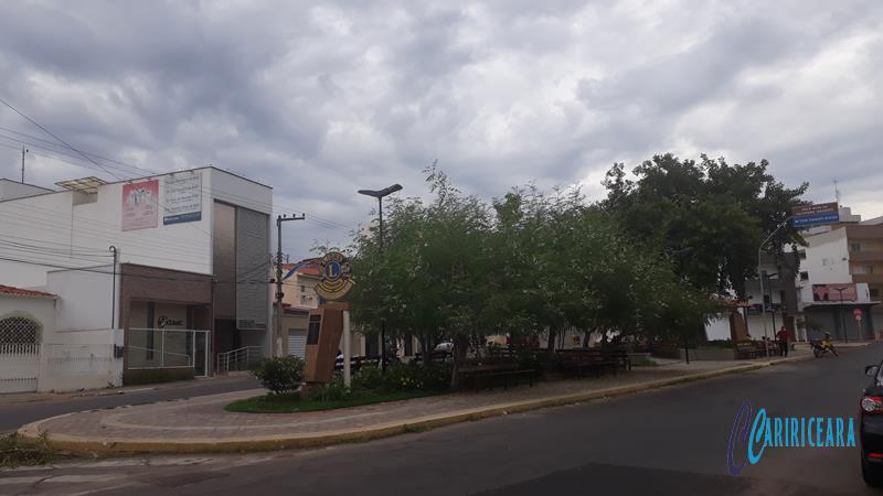 Tempo nublado em Crato - Foto Jota Lopes-Agência Caririceara.com