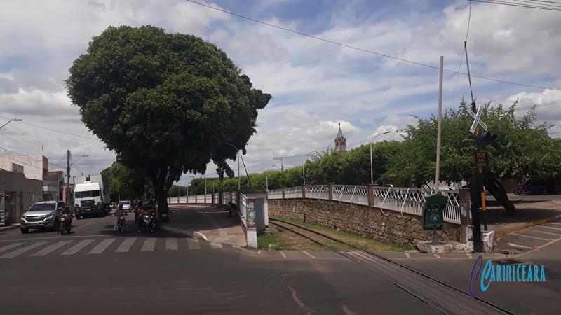 Avenida Carlos Cruz-Bairro Franciscanos em JN - (Nublado) Foto Jota Lopes - Agência Caririceaea.com