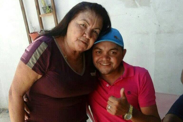 Mãe sofre infarto e morre após saber que filho faleceu em decorrência de acidente, em Juazeiro do Norte FOTO REDES SOCIAIS