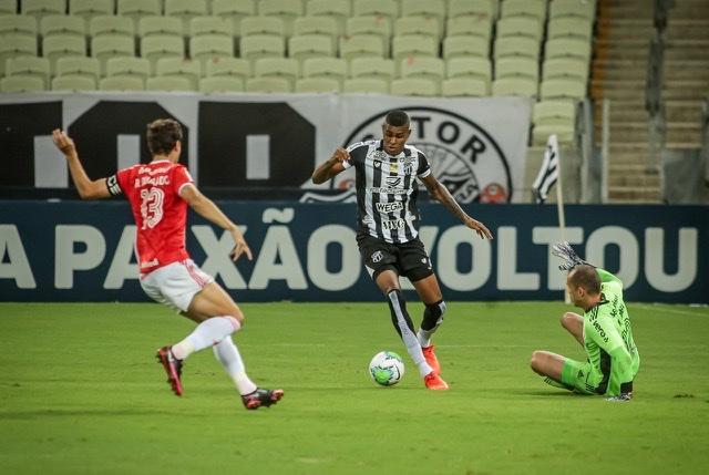 Ceará perde para o Internacional na Arena Castelão