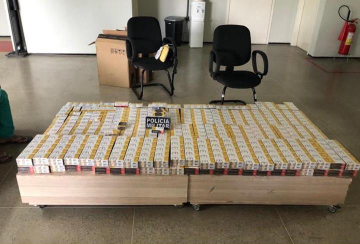 PM prende homem por descumprir medida protetiva e contrabando de cigarros em Caririaçu