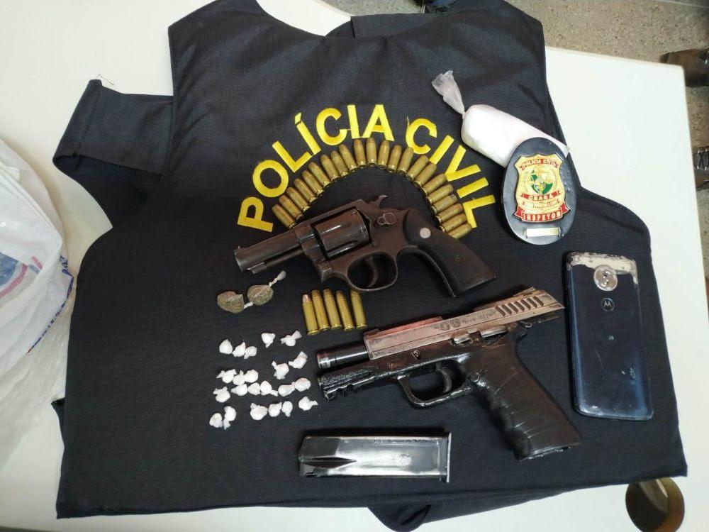 Material apreendido durante a ação policial. Foto: Divulgação