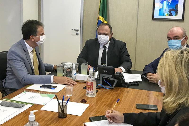 Ceará deve receber mais de 70 mil doses de vacina contra a Covid nos próximos dias