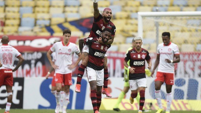 x91727382_soccer-footballbrasileiro-championshipflamengo-v-internacionalestadio-maracana.jpg.pagespeed.ic.YZYNgc9wXn