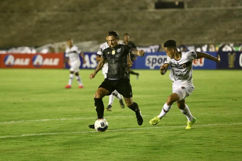 Ceará e Botafogo-PB empatam em 1 a 1 no Almeidão