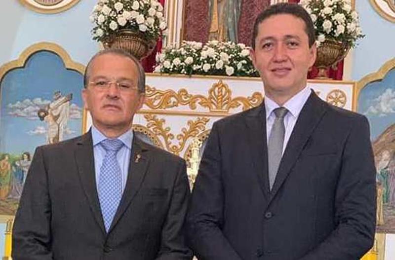 Justiça eleitoral cassa diploma de prefeito e vice de Juazeiro do Norte por uso de helicóptero FOTO DIVULGAÇÃO