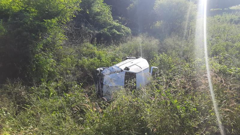 Capotamento de veiculo com vítima fatal na CE 388 em Nova Olinda. FOTO: EDSON ROTA