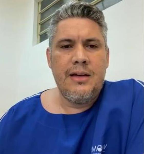 Dr. Victor Timbó, médico da unidade de Covid-19 do Hospital Santo Antônio de Barbalha. Foto Reprodução