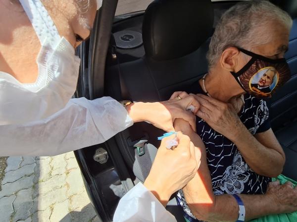 A ação é destinada a aplicação da segunda dose da AstraZeneca para as pessoas vacinadas entre os dias 26 de fevereiro e 18 de março. FOTO: ASCOM