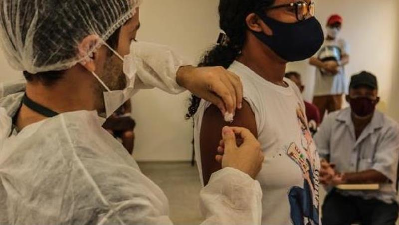 Vacinação contra Covid-19 em Crato.  FOTO: ASCOM/PMC