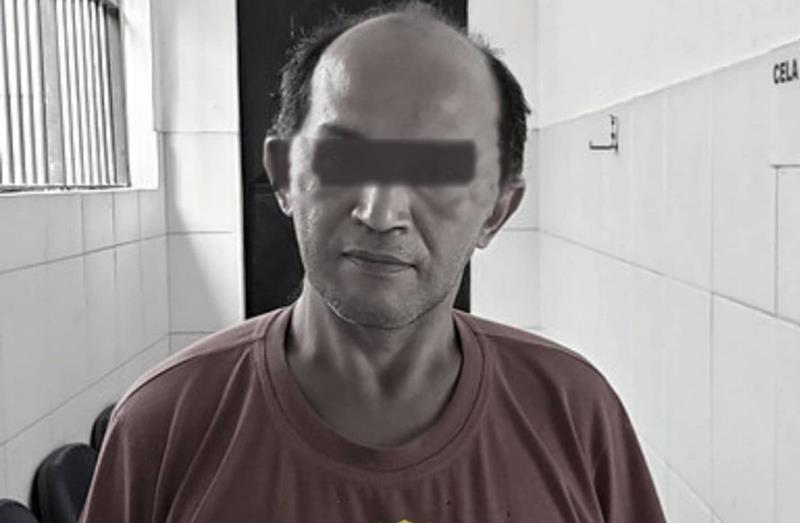 Francisco Elânio de Oliveira preso pela Polícia Civil suspeito de furtar pertences de paciente do hospital onde trabalha, em Crato - Foto Redes sociais