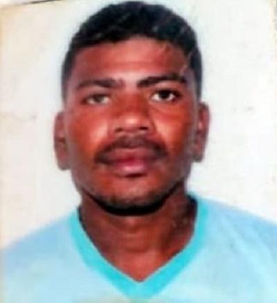 Francisco Vitorino Salu, de 31 anos conseguiu fugir da Polícia após ter efetuado disparos de arma de fogo contra a composição militar em Araripe (CE). Foto: Redes sociais