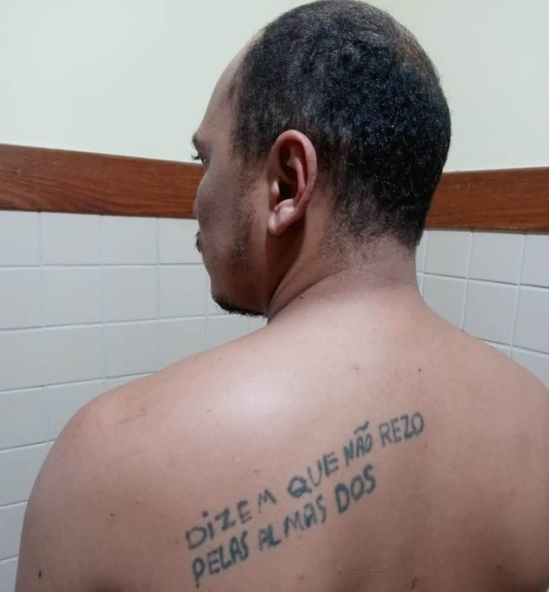 Wagner Alves Pereira da Silva, de 29 anos foi preso no município baiano de Ribeira do Pombal (BA). Ele possui em seu desfavor, mandado de prisão expedido pela comarca de Assaré (CE).