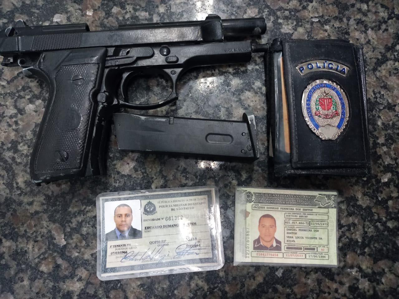 Vigilante que se passava por oficial da PM paulista é preso portando simulacro de pistola e identidade militar falsificada em Salitre. Foto: Redes sociais