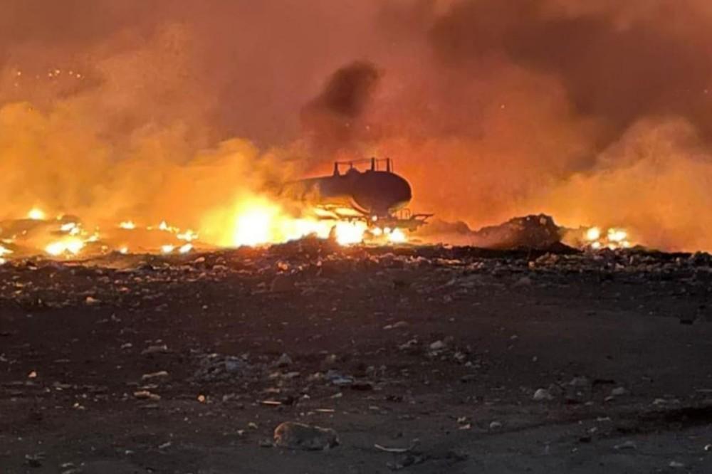 Incêndio destrói carro-pipa em lixão de Nova Olinda, no Cariri. — Foto: Reprodução