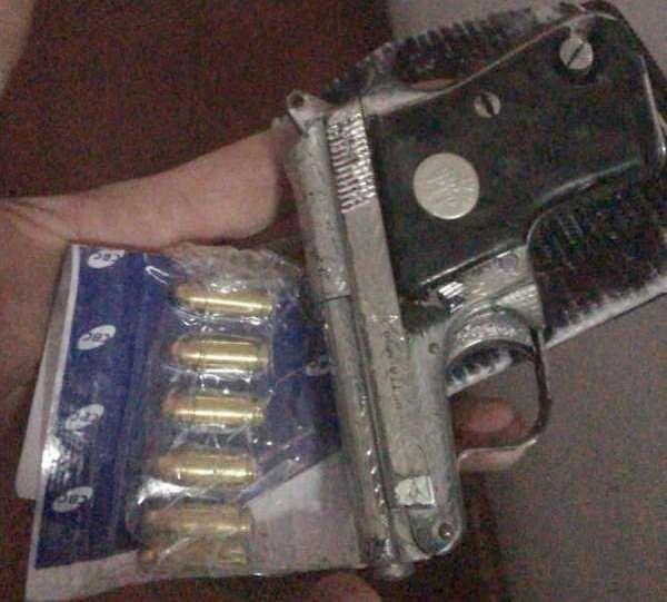 II-CPRaio-captura-mulher-com-pistola-municoes-e-drogas-em-Juazeiro-do-Norte-600x612