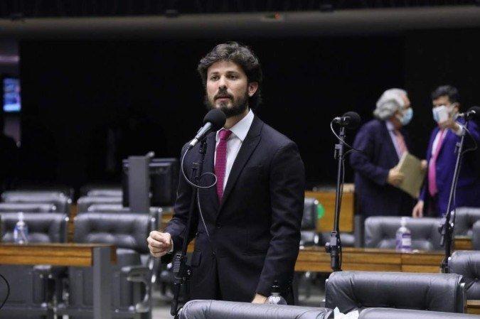 Relator da medida provisória do Auxílio Brasil, o deputado Marcelo Aro (PP-MG) criticou a iniciativa do governo - (crédito: Cleia Viana/Camara dos Deputados)