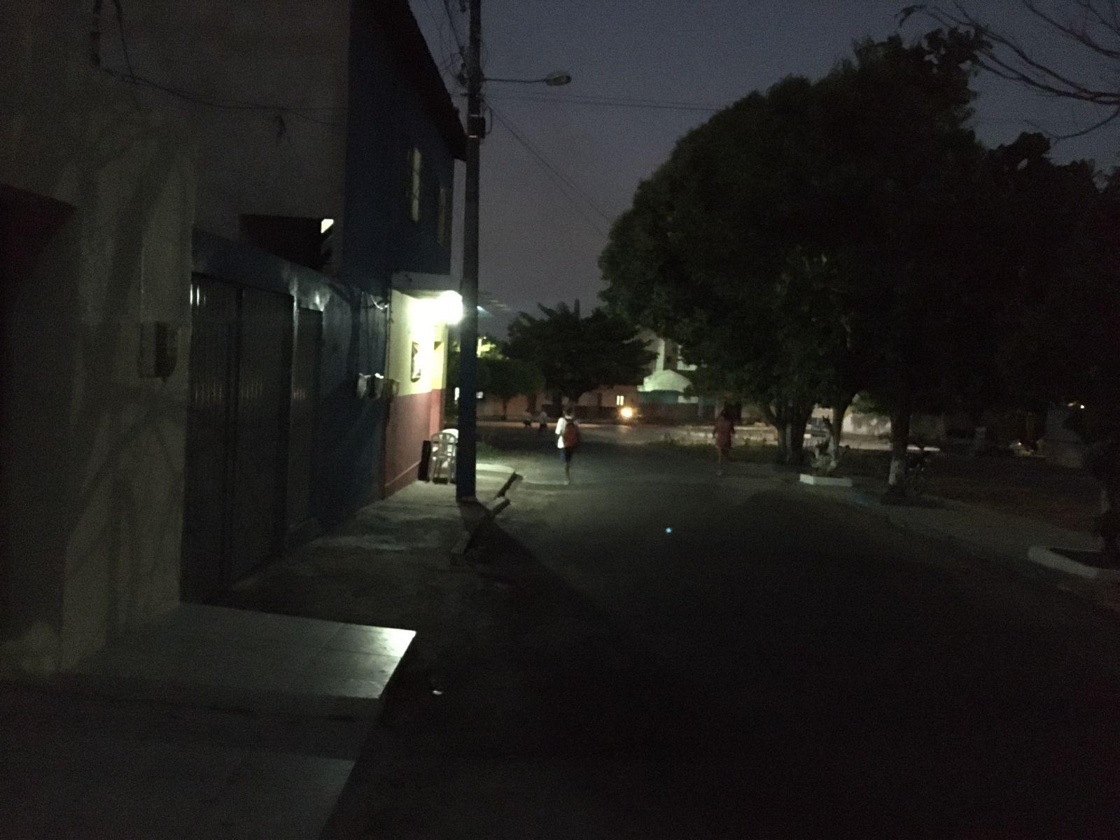 Rua Francisco Piancó Leite, próximo ao colégio Liceu no Conjunto Novo Crato, na cidade do Crato. Foto: Agência Caririceara.com