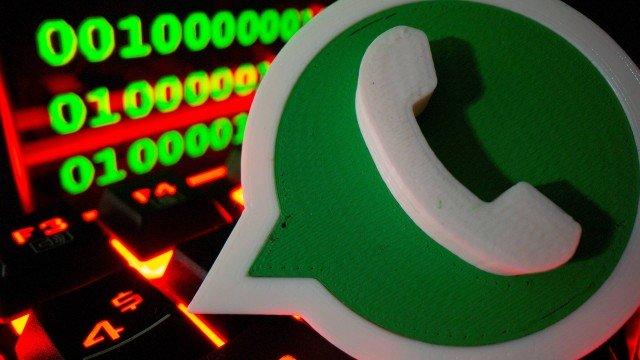 A cobrança pelo WhatsApp é prevista no CDC, segundo advogado Foto: Dado Ruvic